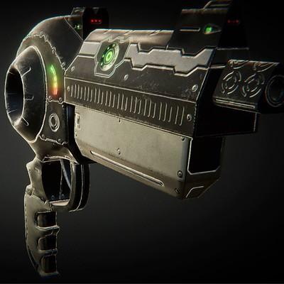 Emanuel cacciola revolver pres6