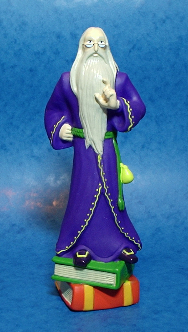 Dumbledore Vinyl Torch - Same digital model as the Ornament but increase in size, added books and tweaked for vinyl moulding