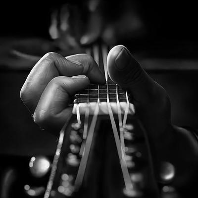 Simon thommes guitar upload