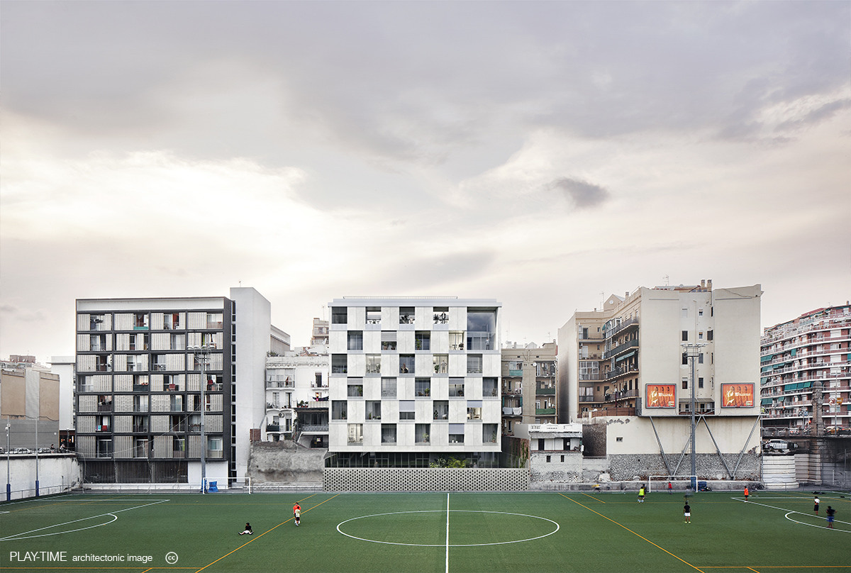 Play time architectonic image estudio vivas arquitectos pau vidal pont arquitectura produccions viviendas calle alibei barcelona 01