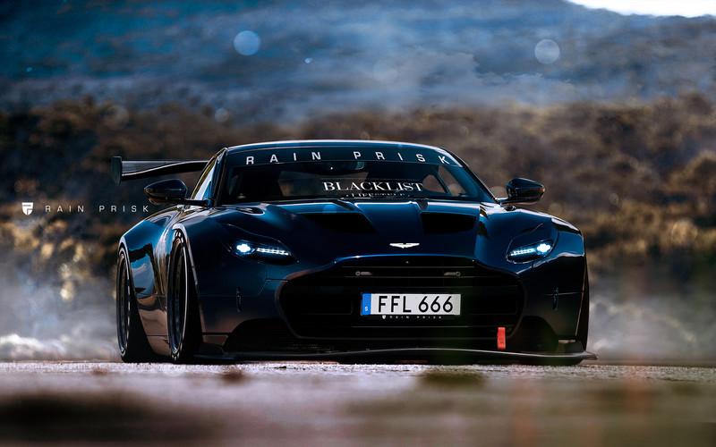 Rain Prisk Fat Aston Martin Db11