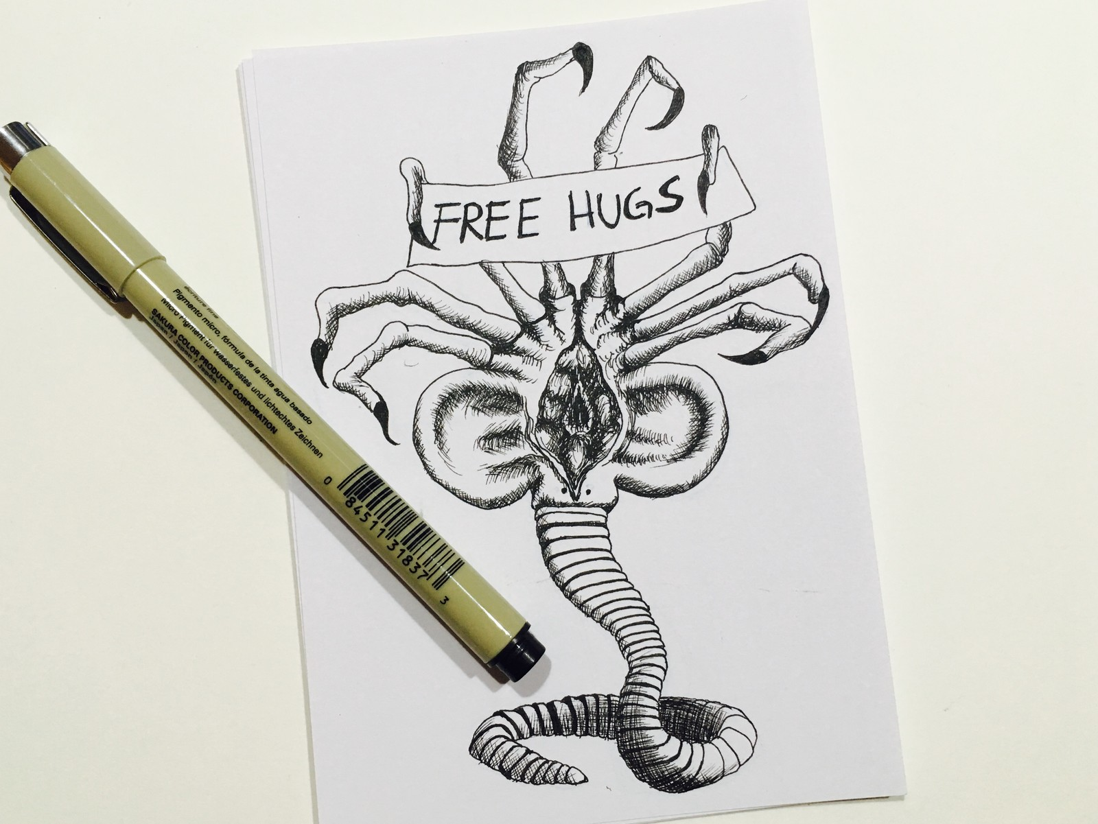 Day 3 topic: Collect – Facehugger »Free hugs anybody?«