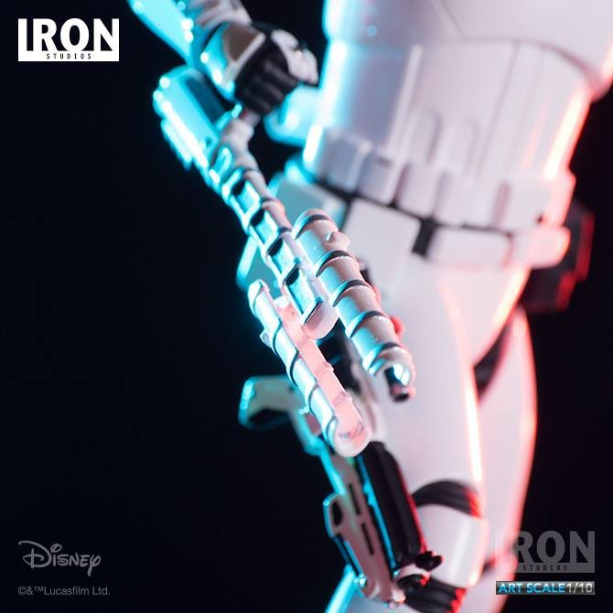 Riot Control Stormtrooper Statue