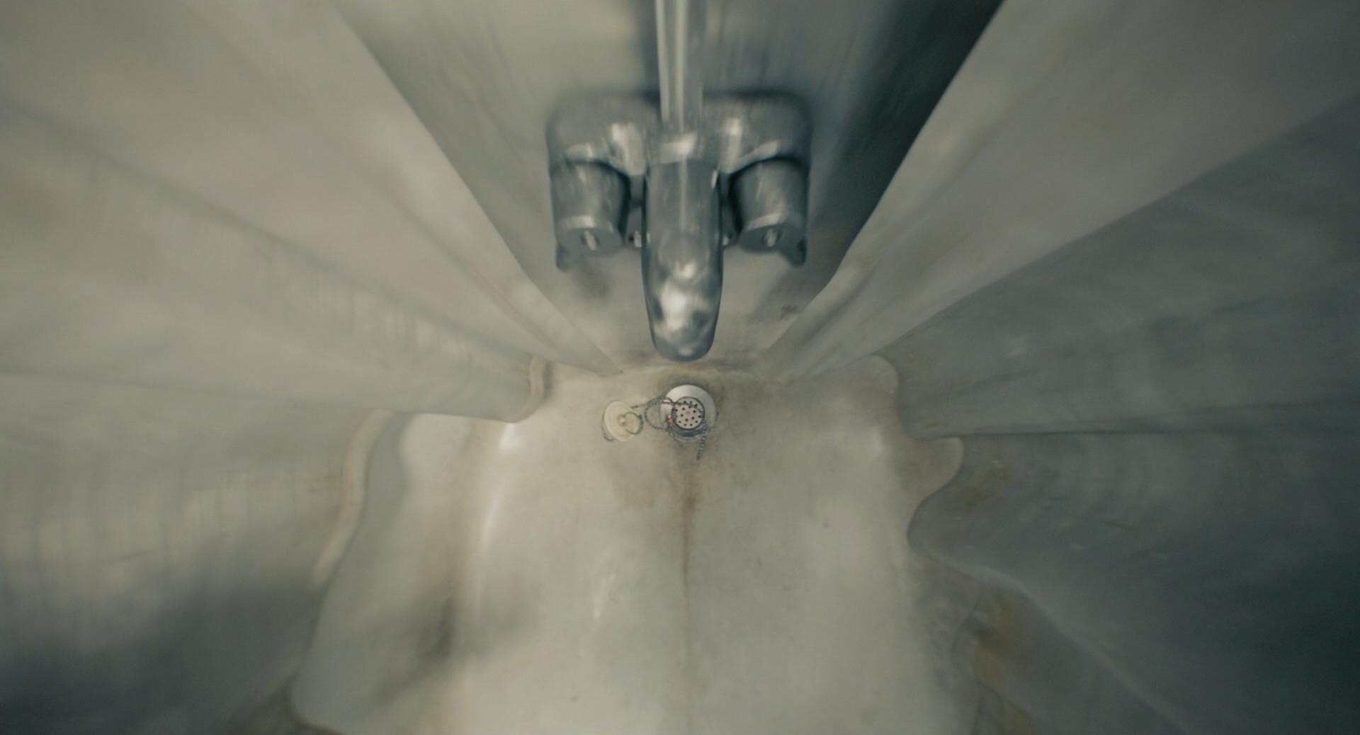 Saby menyhei antman bathtub000 resize