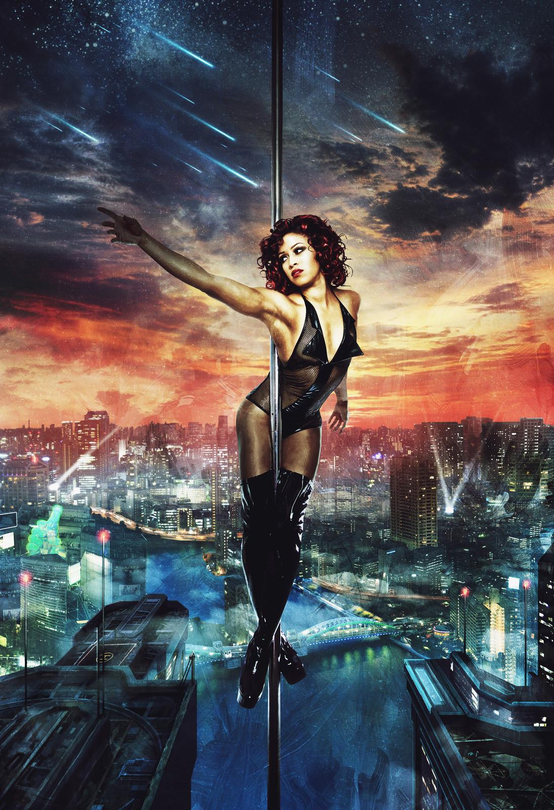 Nicole The Pole