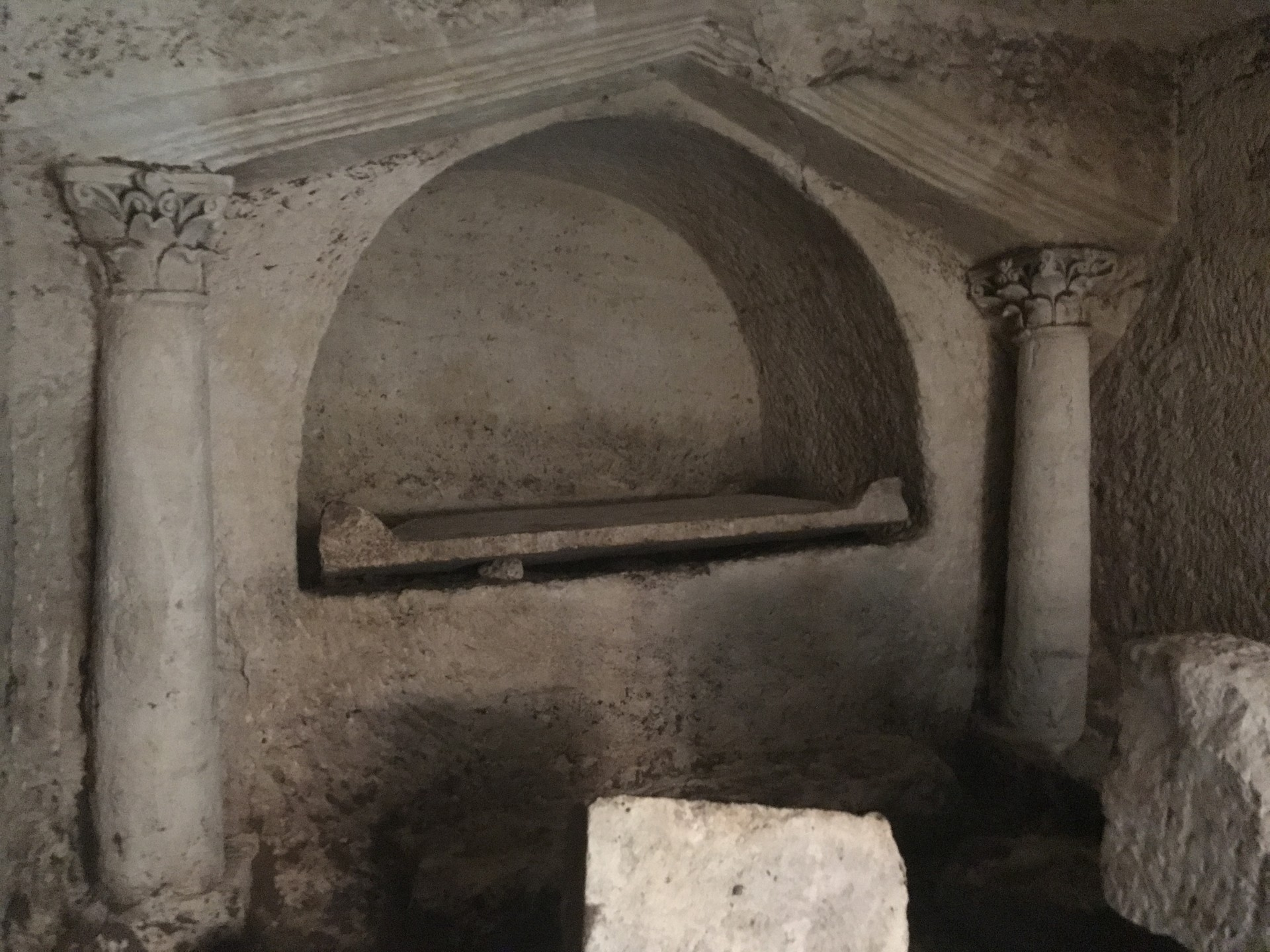 Reference photo - Tomb chamber interior