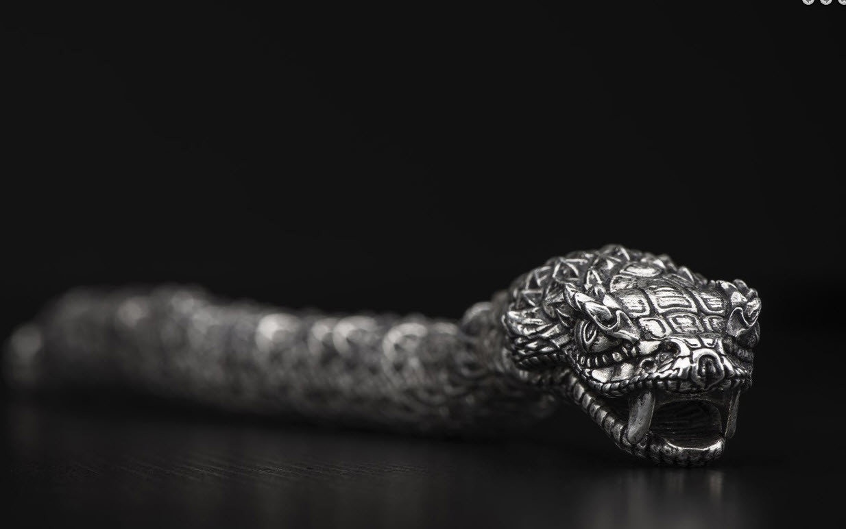 William Henry - Silver snake bracelet