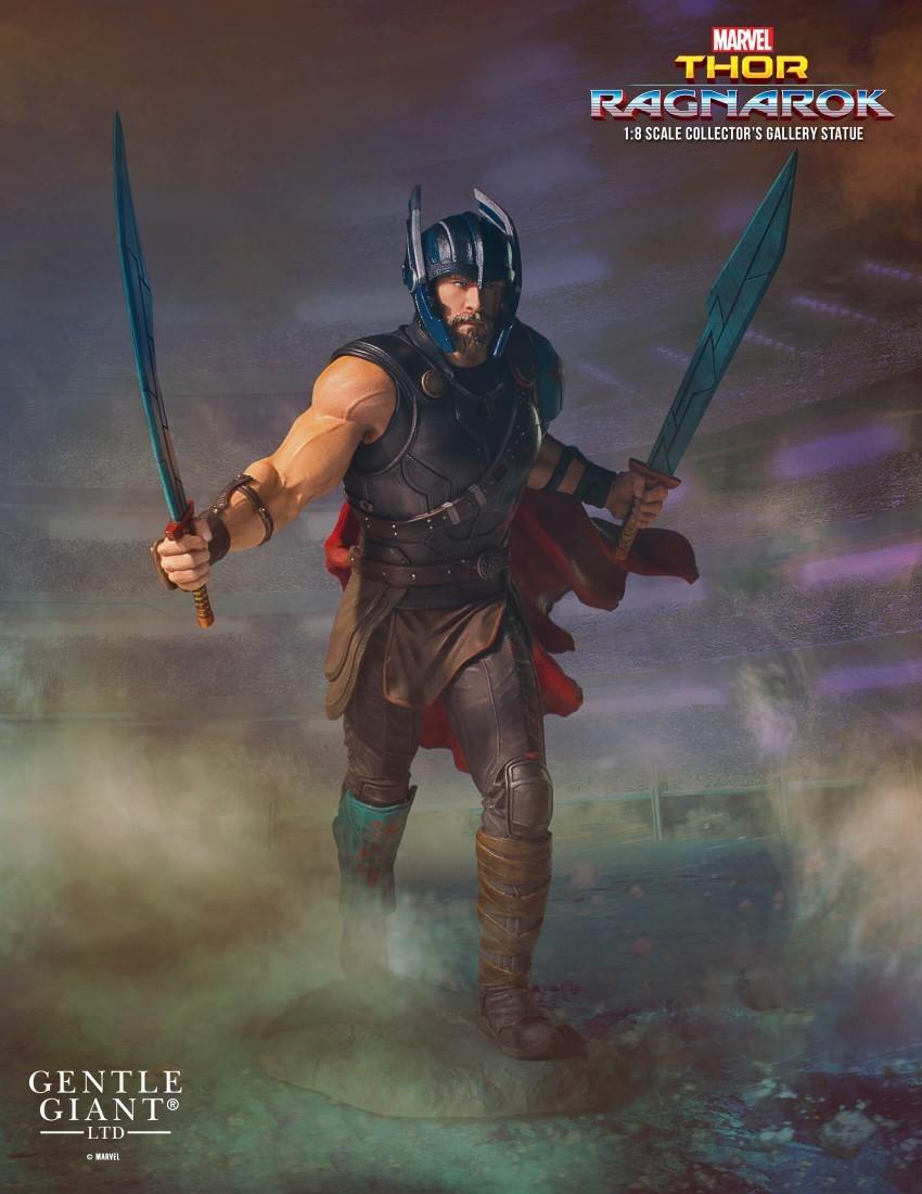 Alejandro pereira gentle giant gladiator thor statue 016