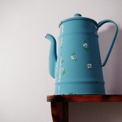 A j whyles blue tin blender render finalv2pscomp