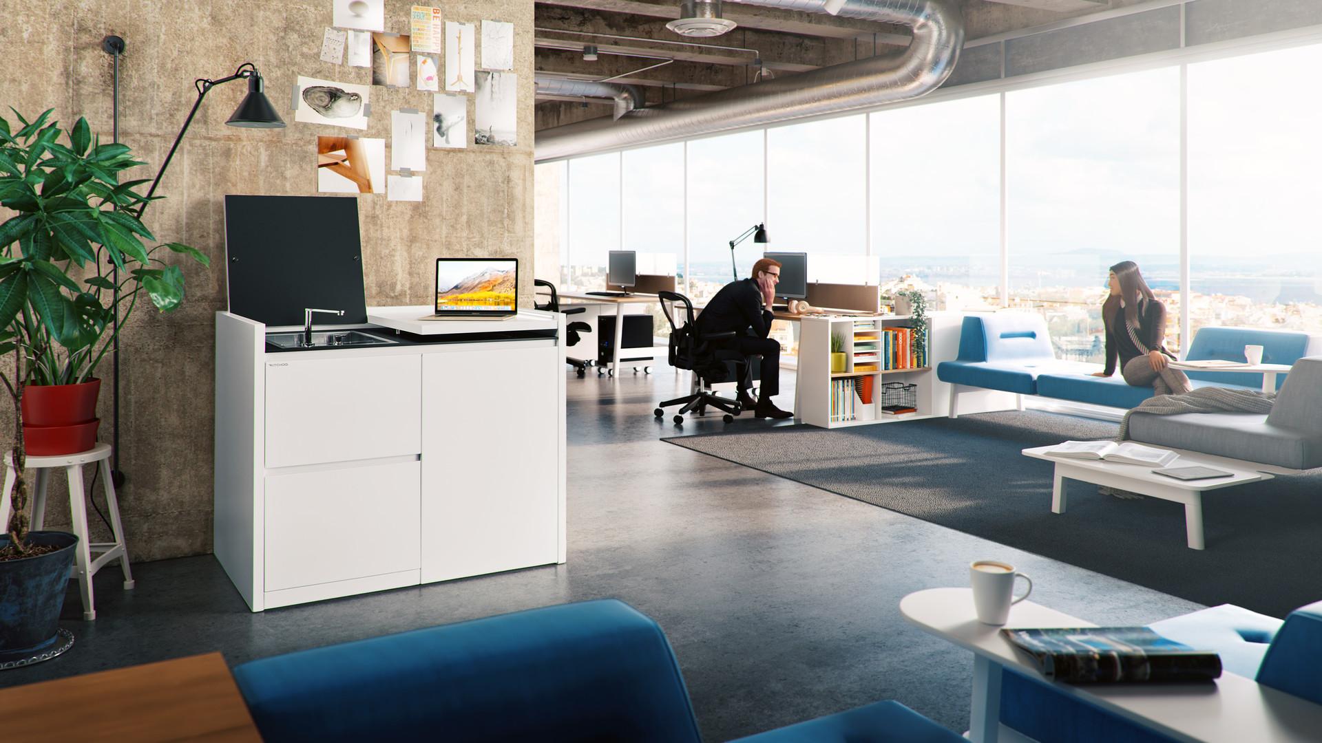 Bartosz domiczek office1