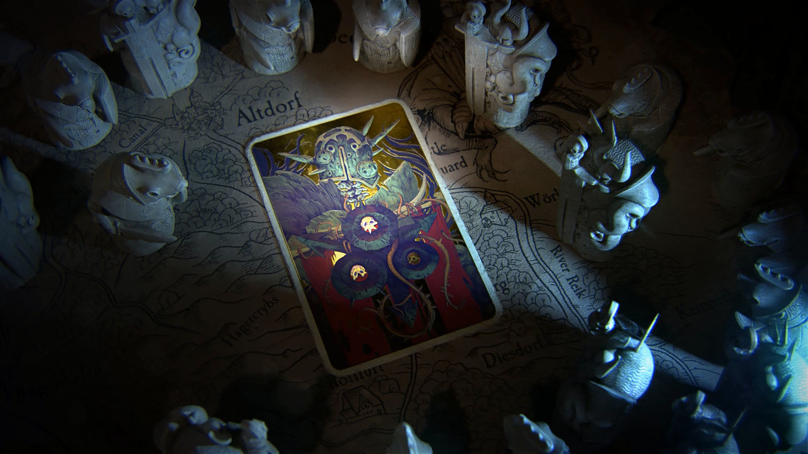 The Tarot combines illustration, metallic material pass and a card base with proper wear and tear.