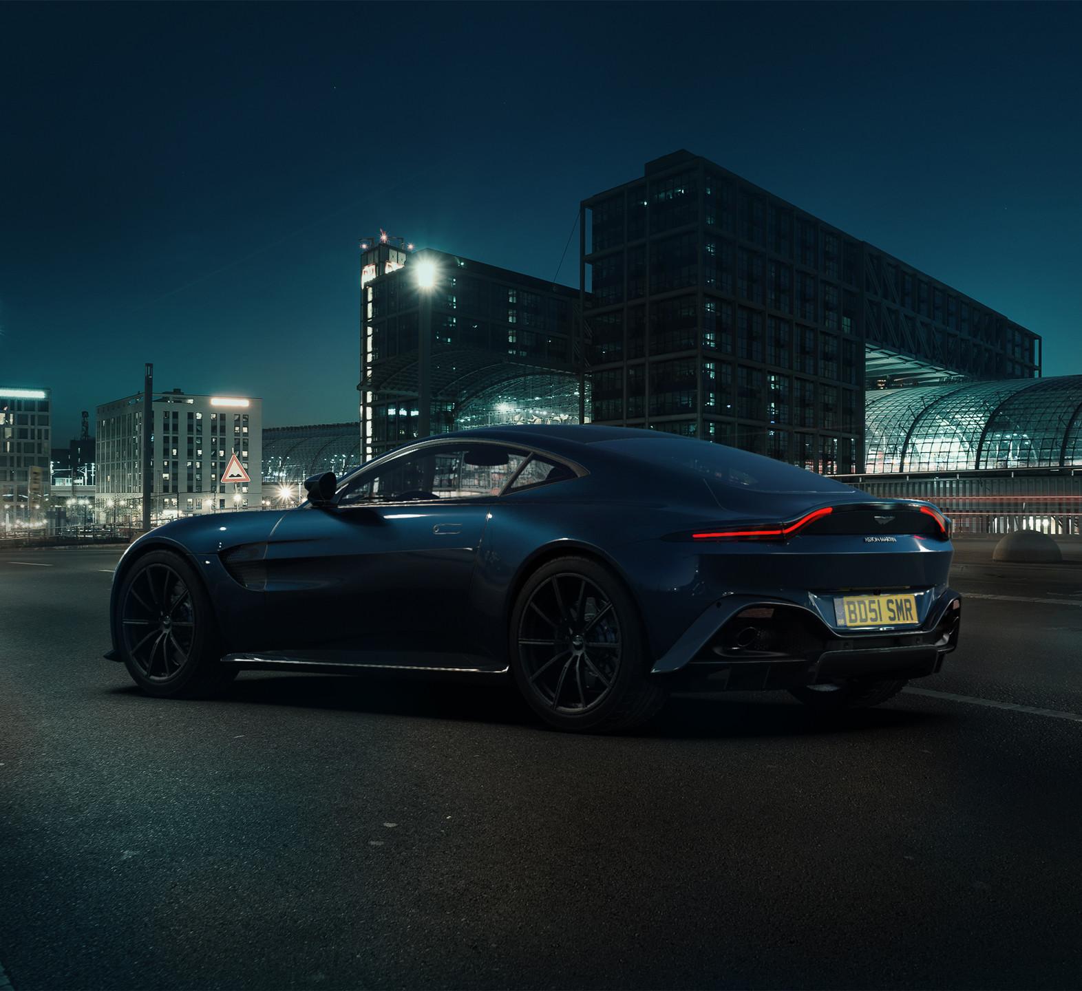 Aston Martin Vantage - CG