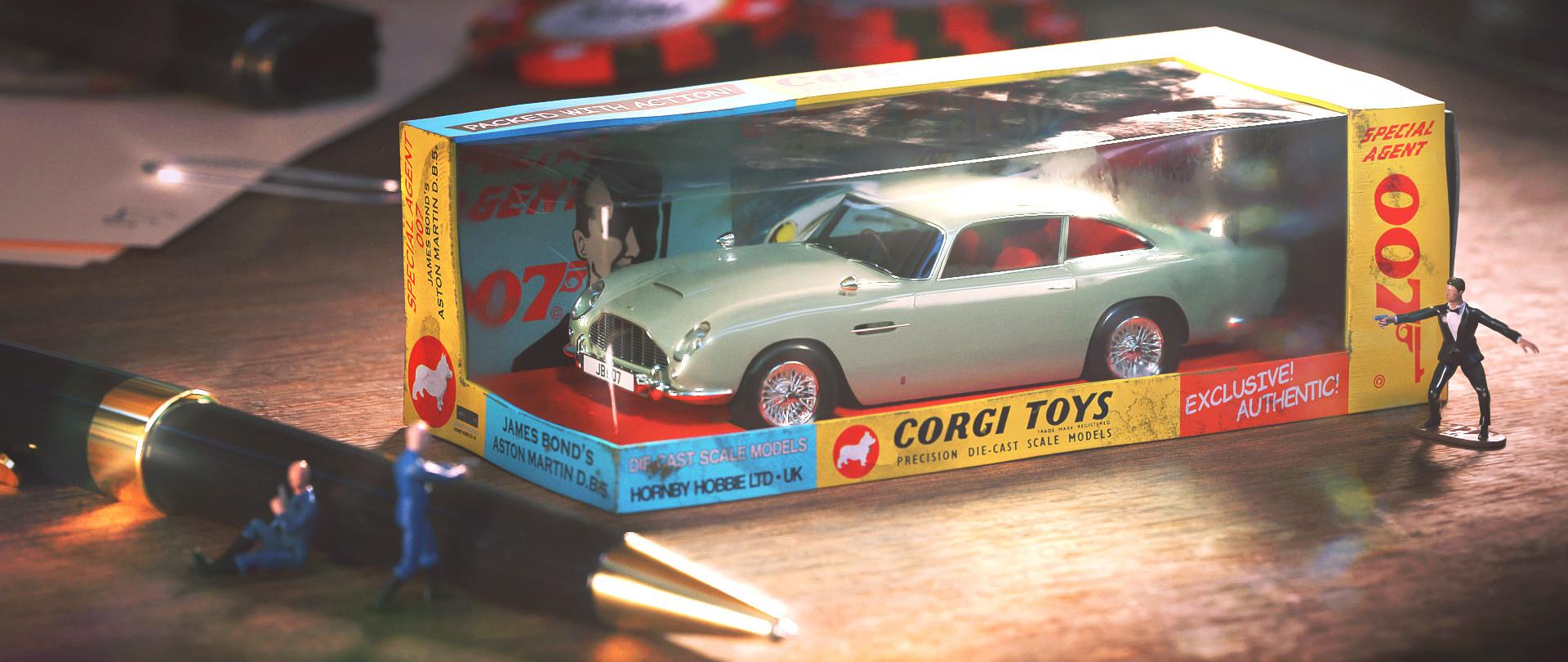Taylor Cooper James Bond S Aston Martin Db5 Miniature Corgi Toys