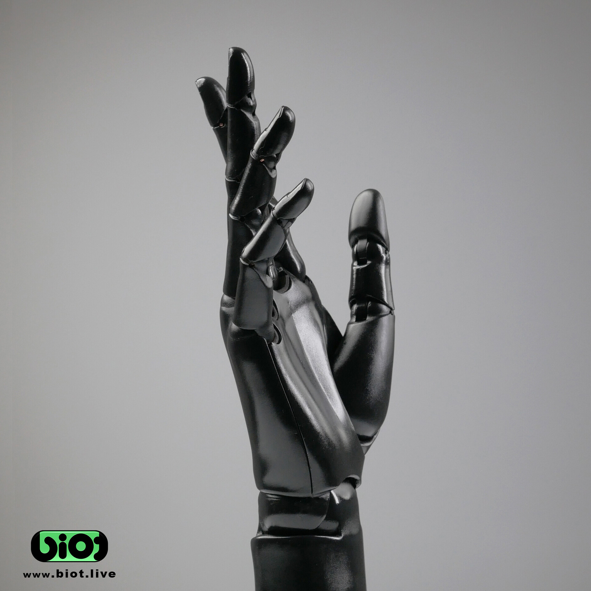 Robot hand relaxed