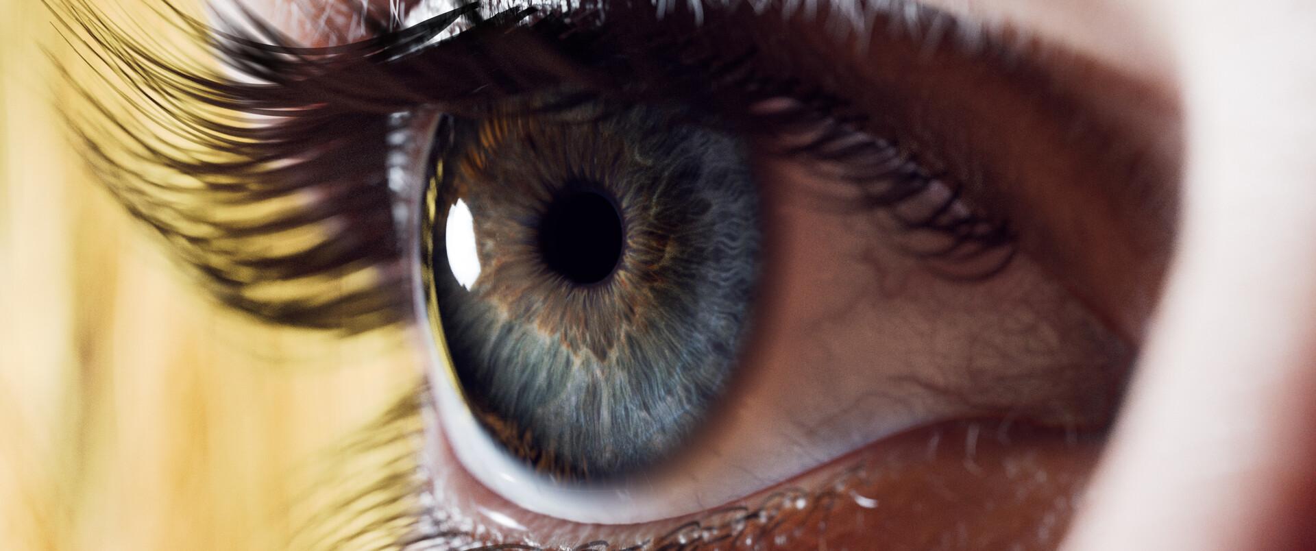 Abdelrahman kubisi eye closeup 01b
