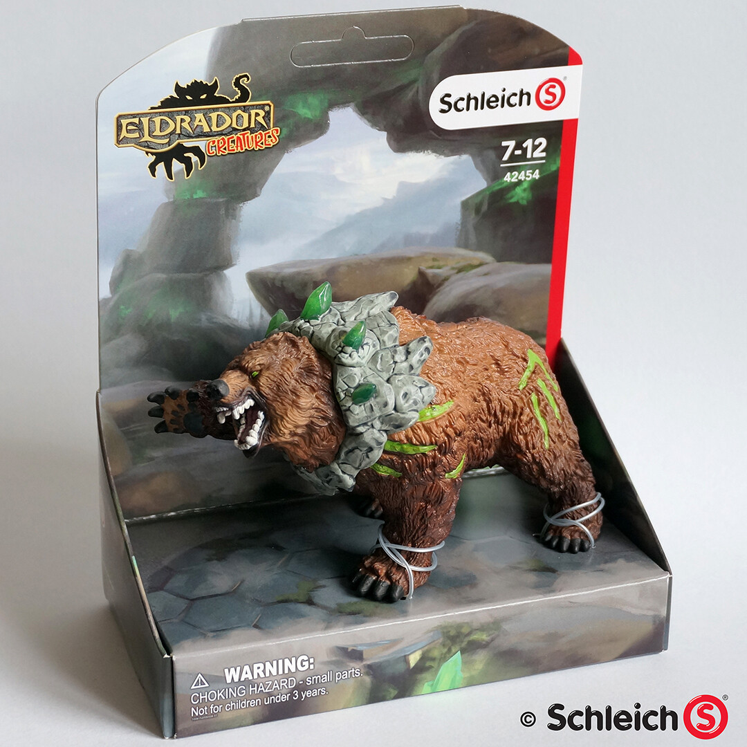 The originally rejected stone collar concept was later realized by another artist at Schleich.
