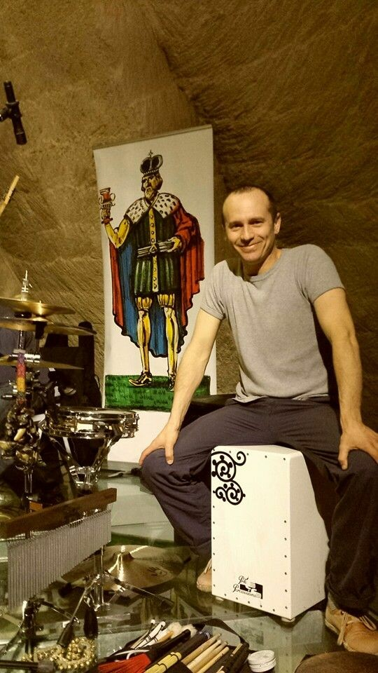 DMG percussionist Chendy Leon on tour in Italy.