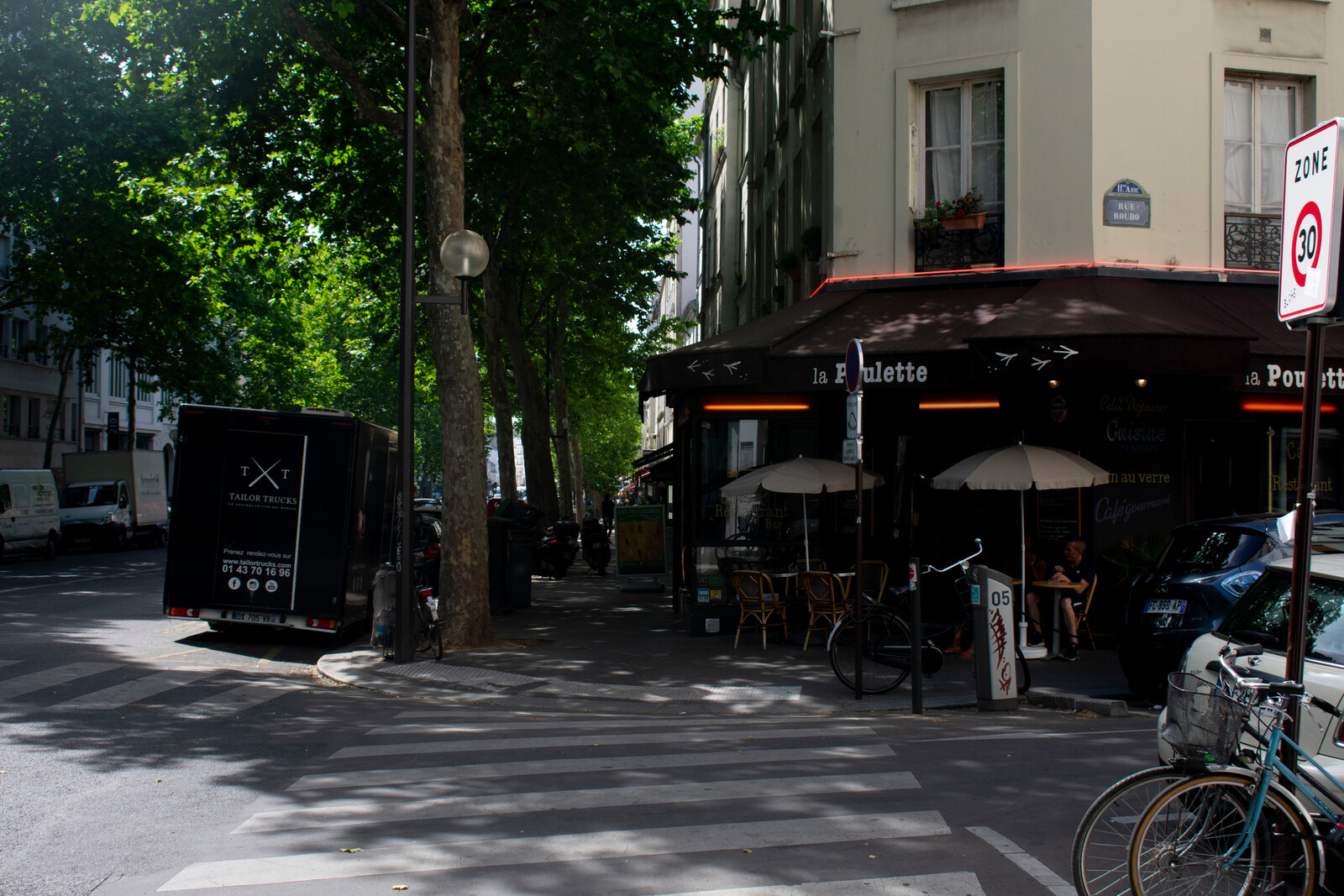 france truck and restaurant