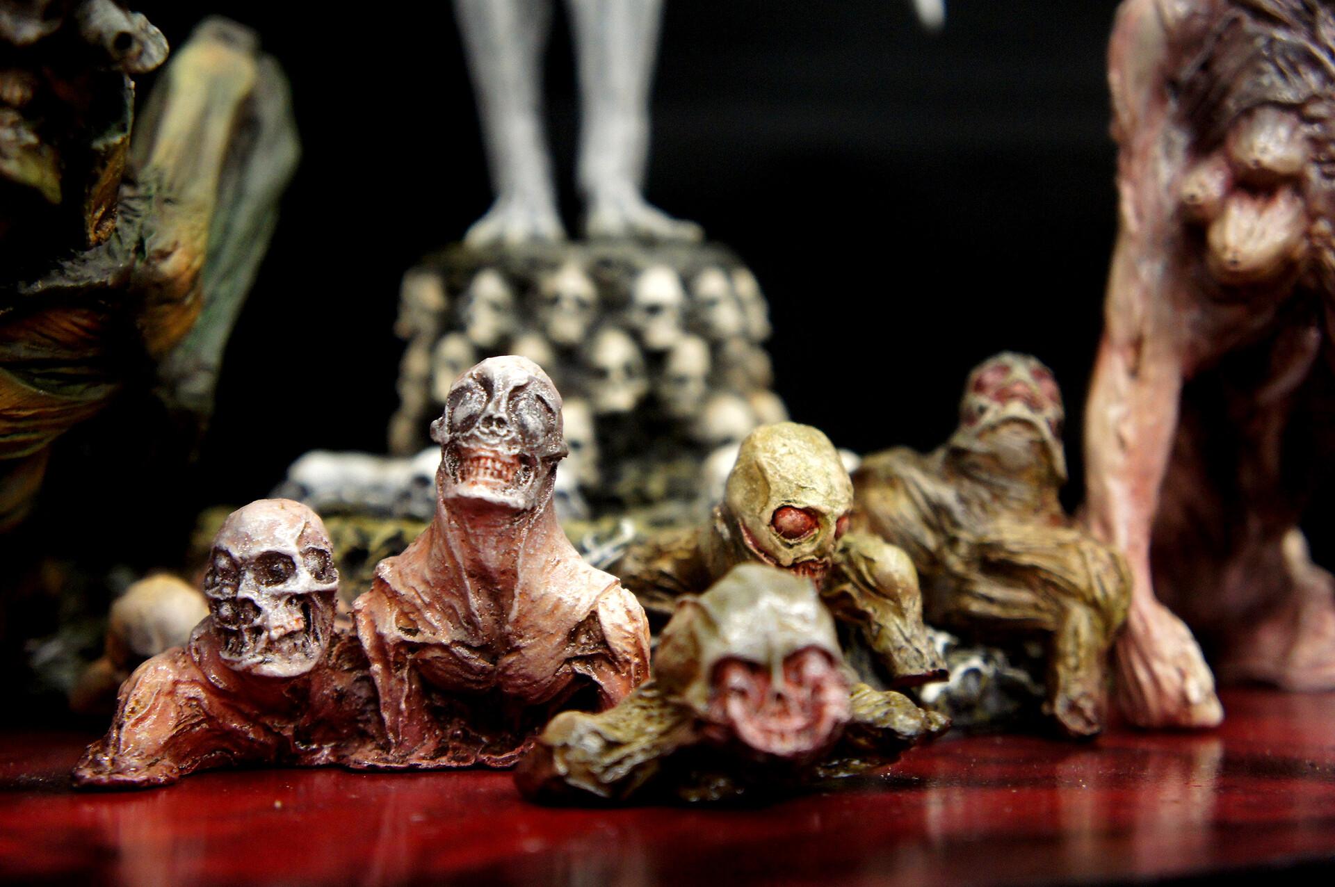 """Exorcist "" Pazuzu Vast Of Demons Art Statue"