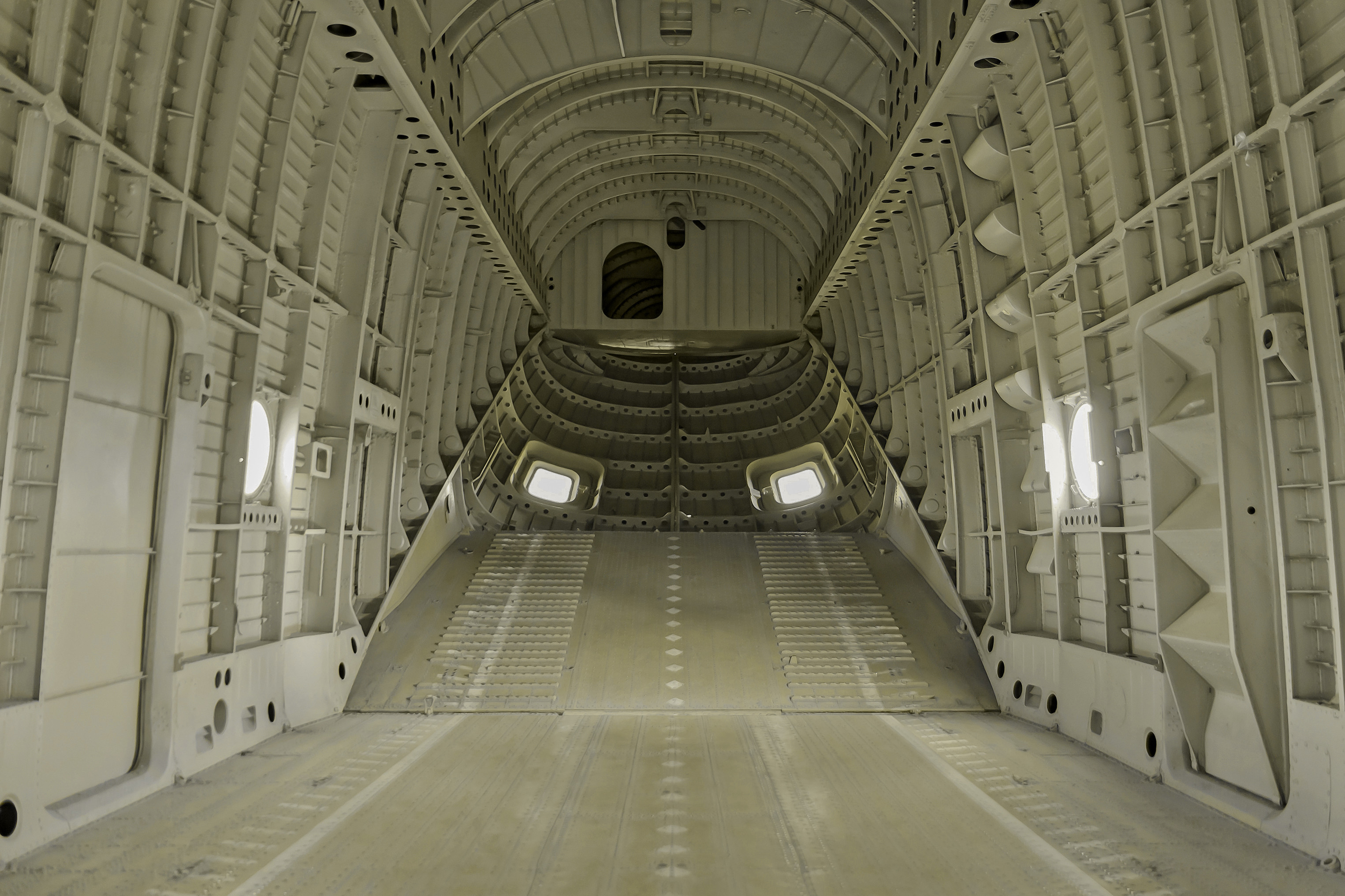 Aft bulkhead and main cargo entrance.