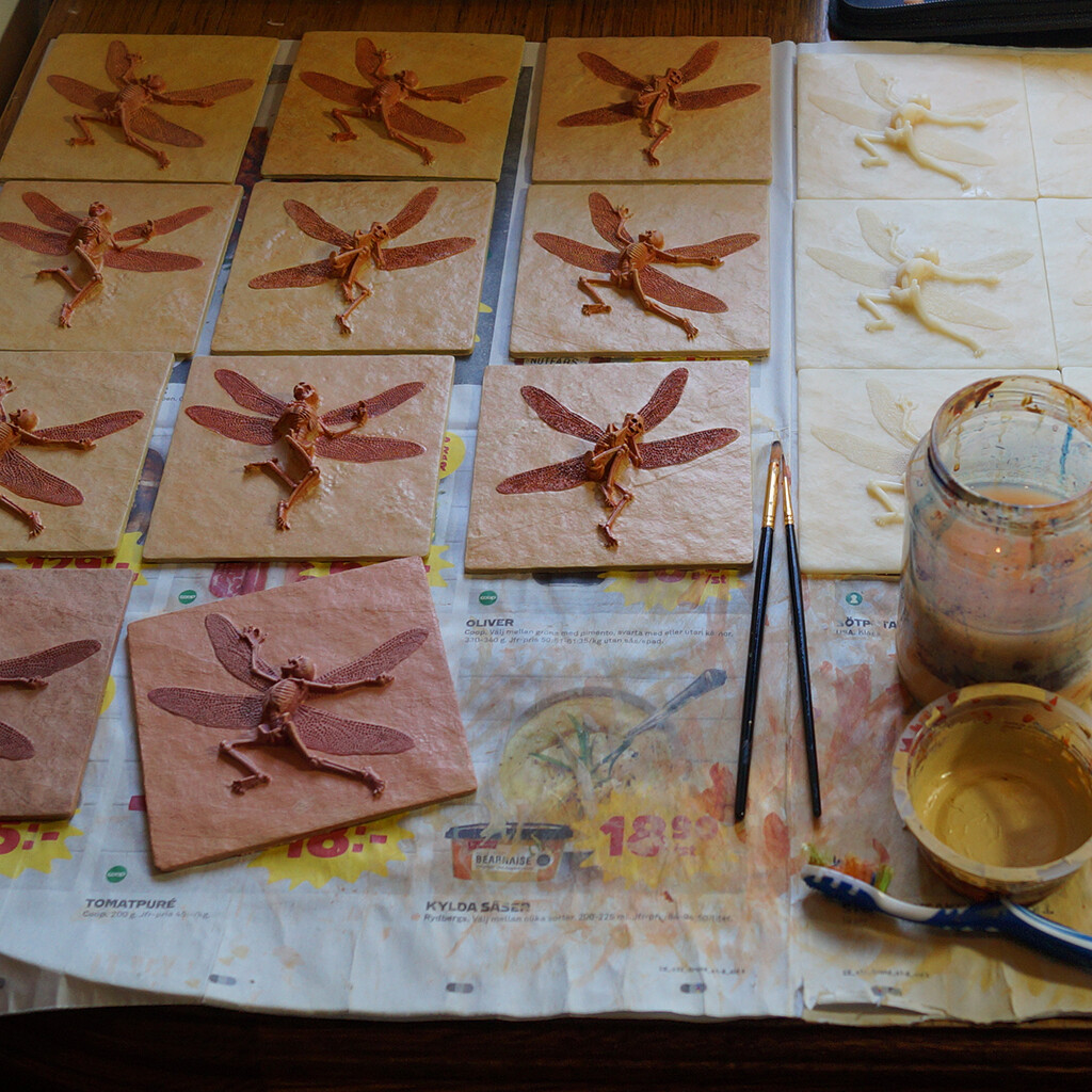Painting the fossils