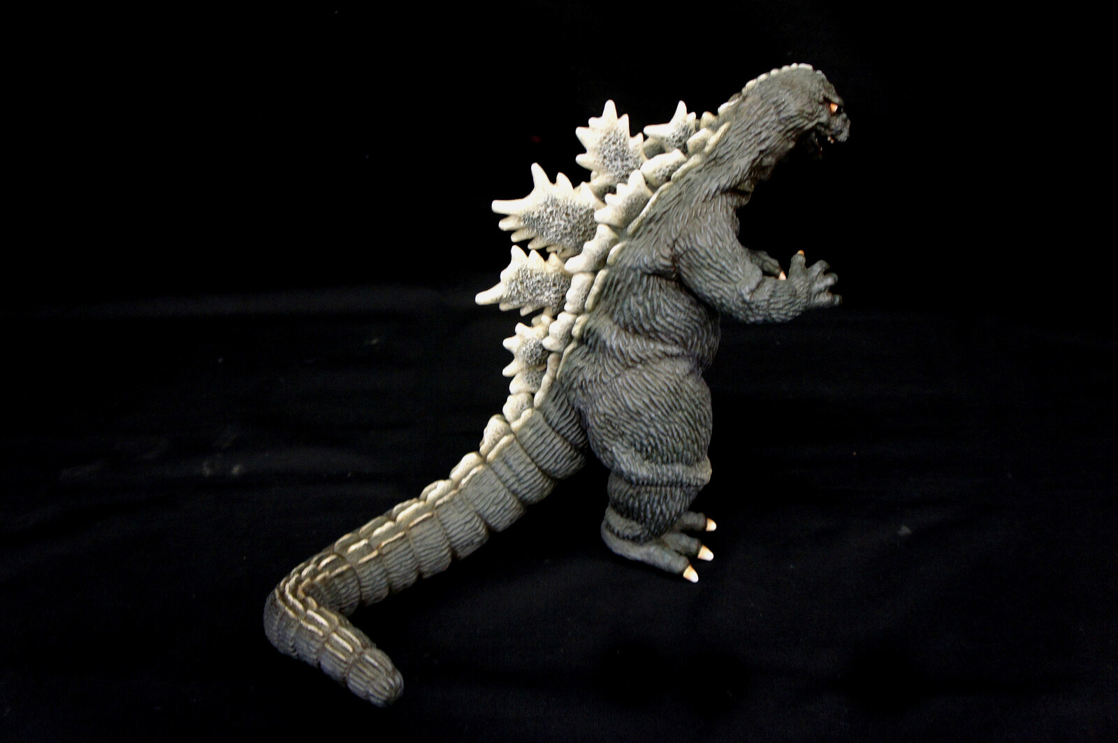Godzilla 1962  キングコング Art Statue  https://www.solidart.club/