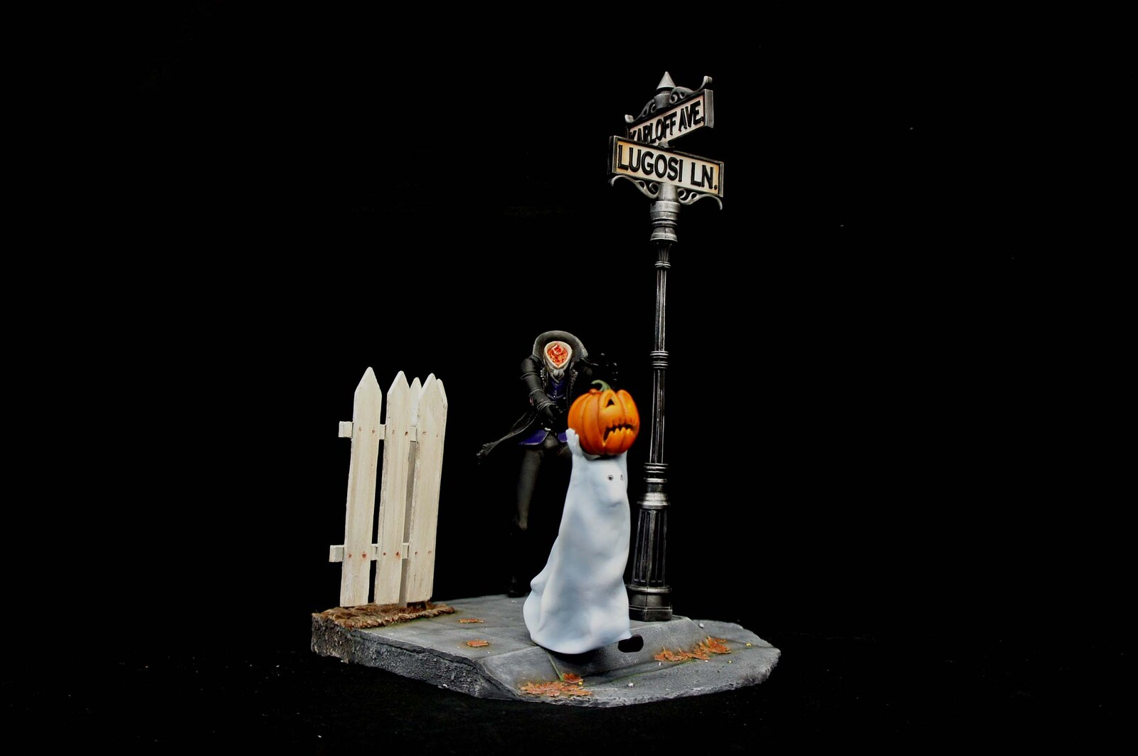 Halloween Nightmare Series: The Headless Art Statue  https://www.solidart.club/
