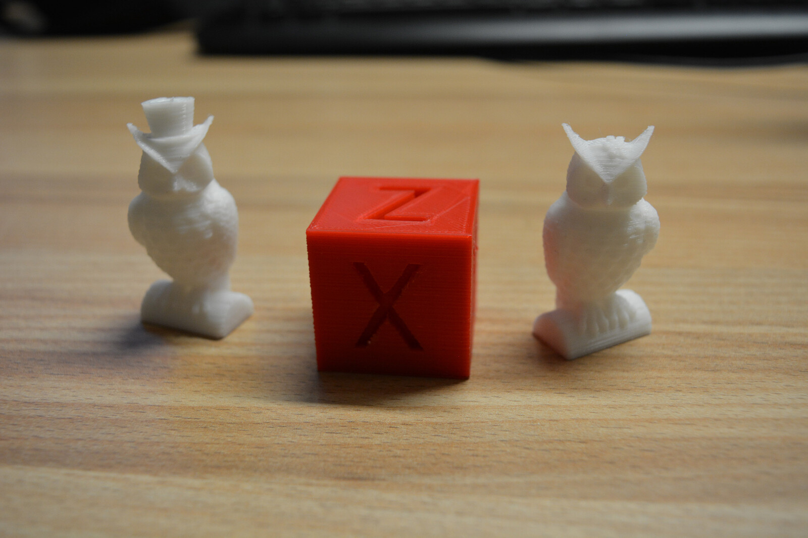 Anycubic Owl Pair and a calpbration cube https://www.thingiverse.com/thing:1278865