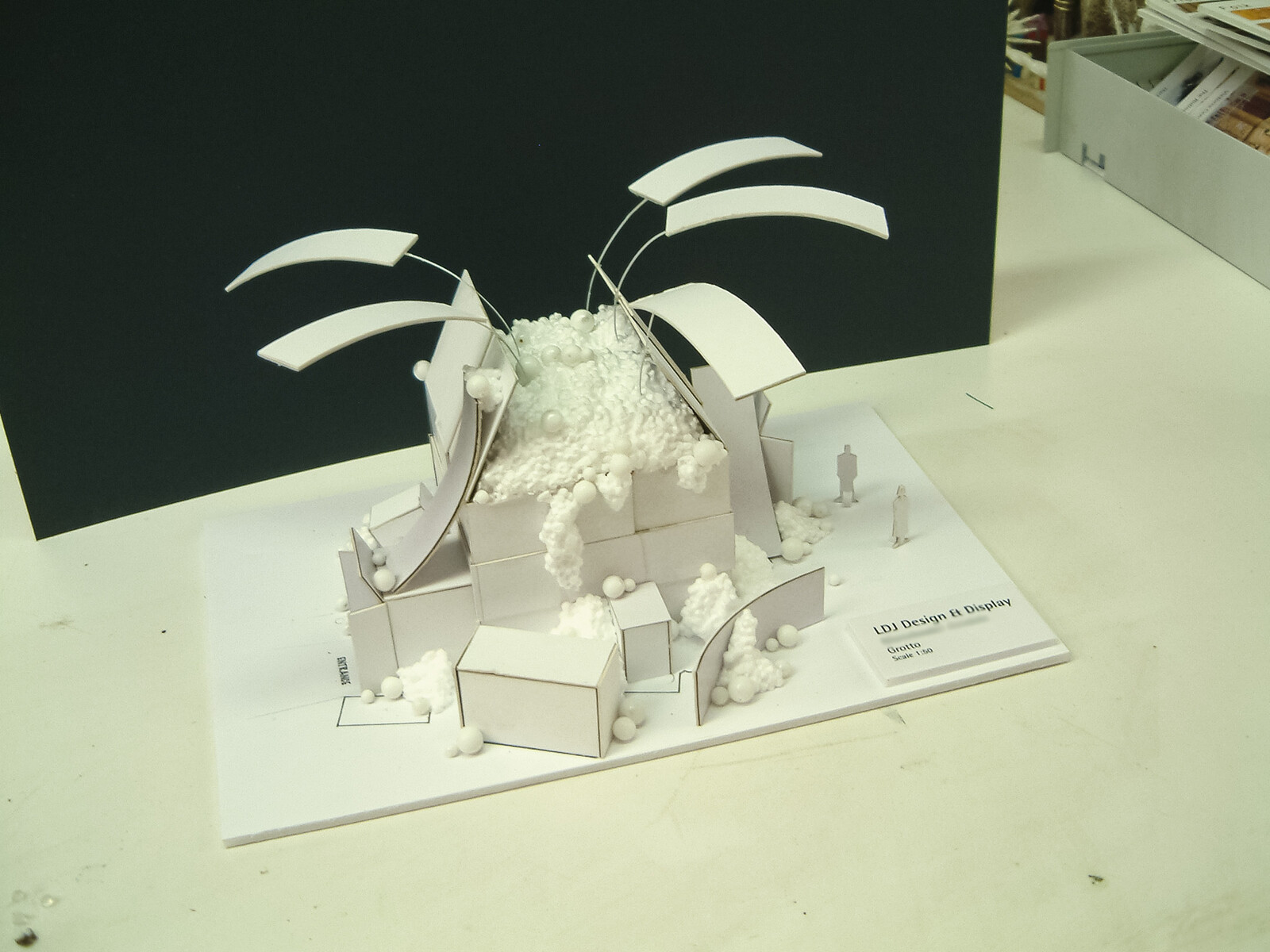 Christmas Decoration and Grotto Scale maquettes
