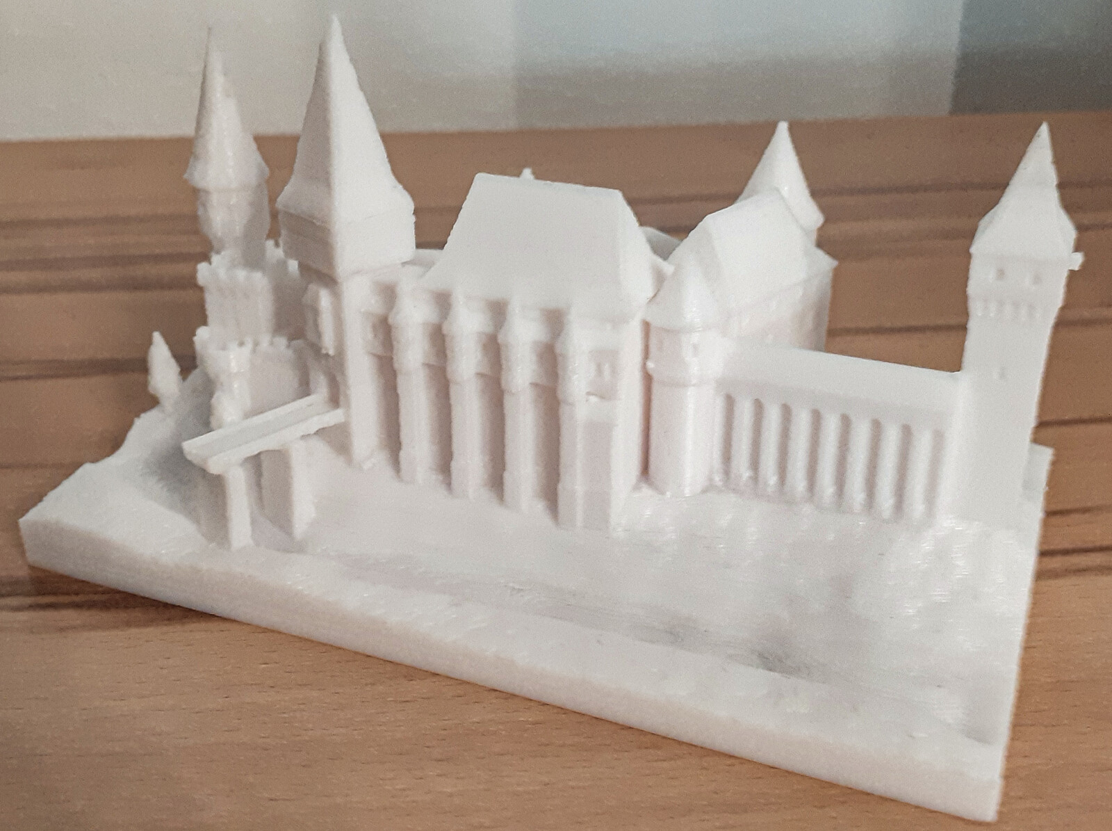 Corvin Castle https://www.thingiverse.com/thing:962299