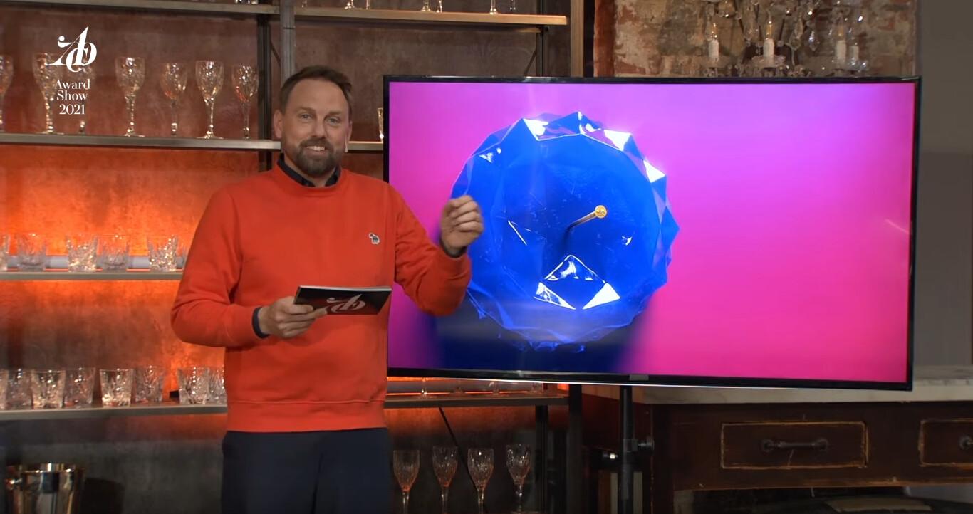 Steven Gätjen was moderating the award show