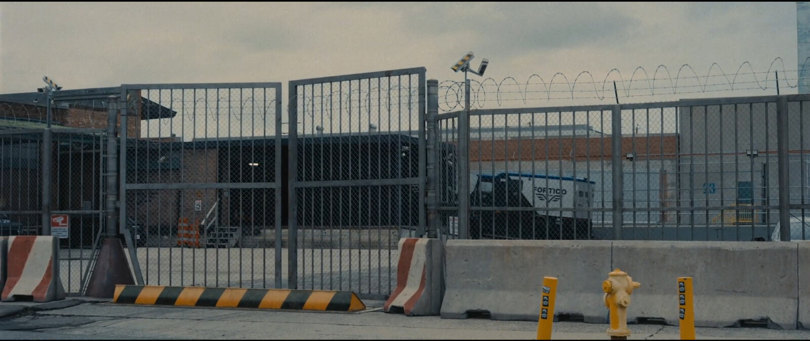 Gate concept for 3d guys.