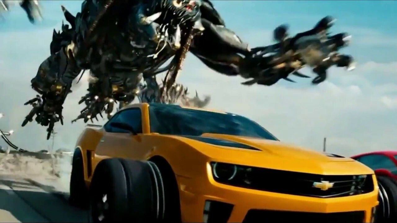 ArtStation - Transformers Movie - Dark of the Moon - Car Chase Scene