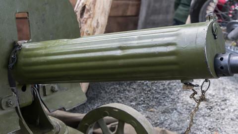 Maxim gun closeups (6000 x 4000)