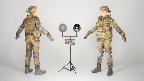 Soldier in Bundeswehr Uniform with props 21