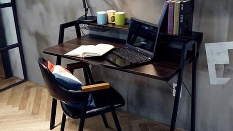Ernen Desk (WhiteBlack)