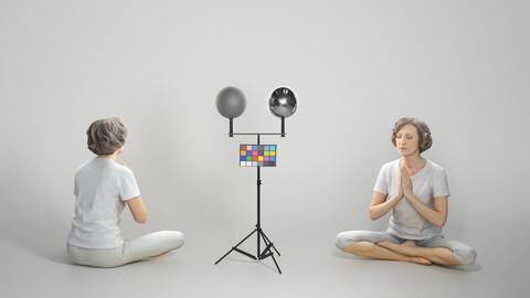 Woman in sportswear doing yoga 303