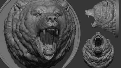 Grizzly bear grin roar