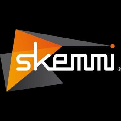Skemmi logo color blackbg square nosubtitle