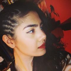 Zehra Khan